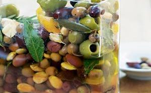 Herb-Marinated-Olives