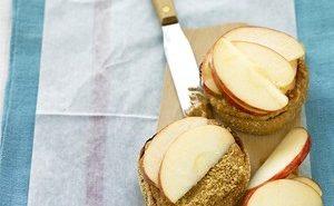 Peanut-Butter-Apple-Muffin