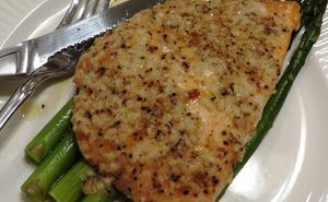 Garlic-Parmesan-Salmon-&-Asparagus-Foil-Pack